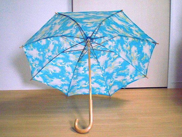 青空と小鳥の日傘